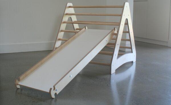 Pikler Triangle, Pikler Sippy Slide